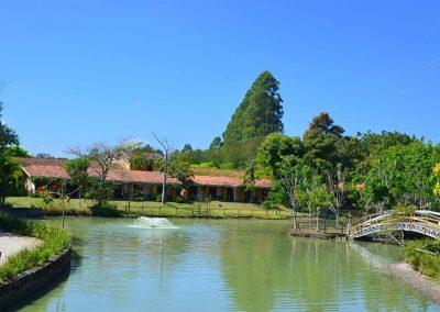 Lago hotel Fazenda Mazzaropi